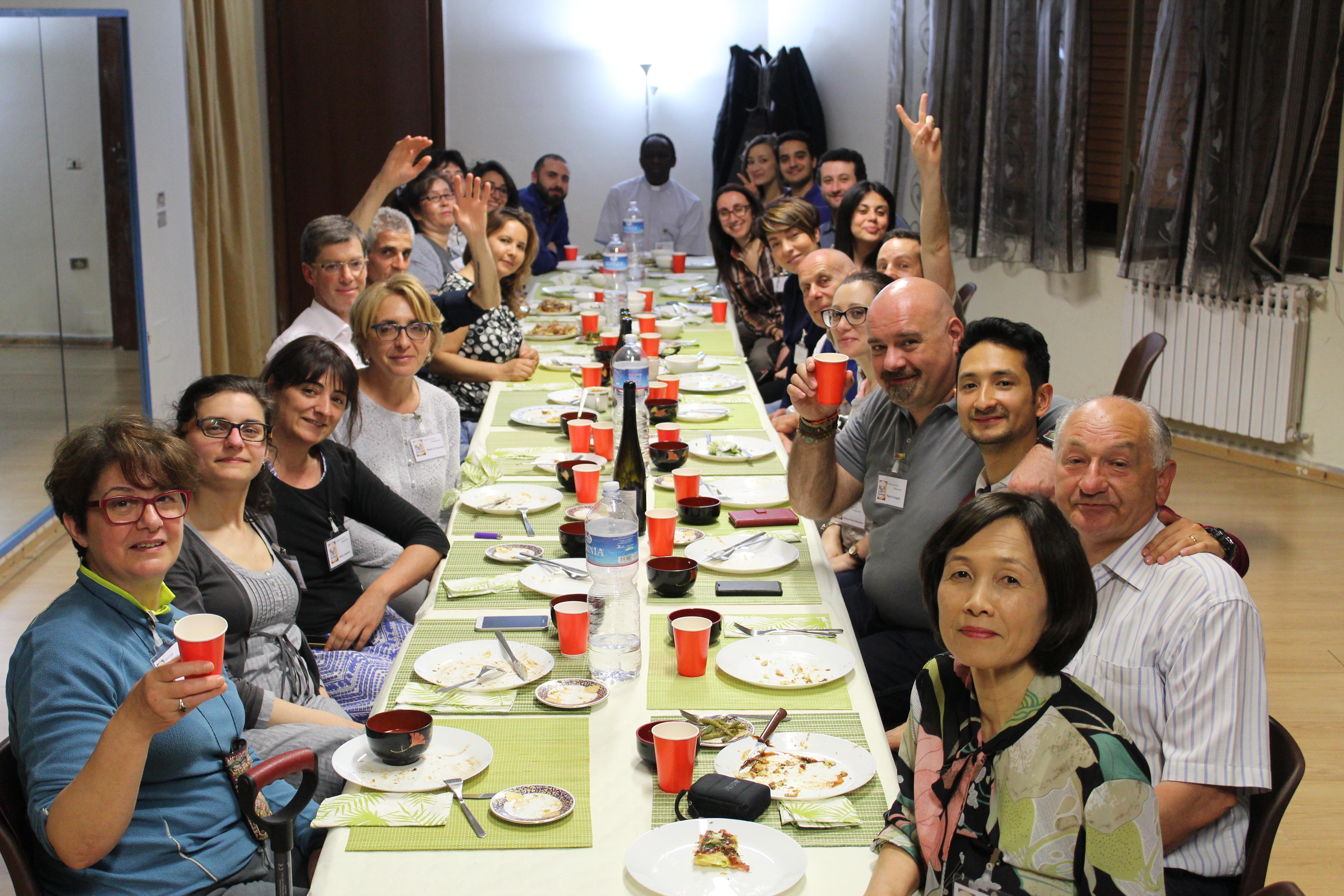 Corso di cucina giapponese wfwp italia for Corso di cucina giapponese